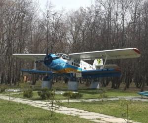 Літак АН-2 - пам'ятка смт. Березань