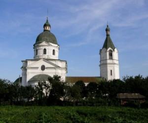 Цікаві місця у с. Лемеші Козелецького району. Трьохсвятительська церква