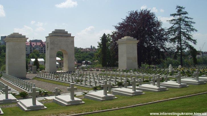Меморіал орлят - пам'ятка Львова