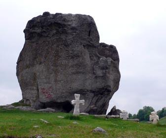 Скеля Камінь - пам'ятка с. Підкамінь Львівської області