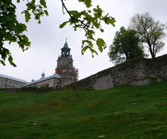 Монастир - пам'ятка с. Підкамінь