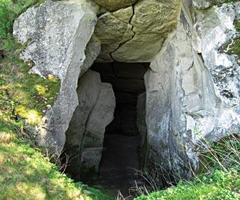 Печера - пам'ятка с. Підкамінь Львівської області