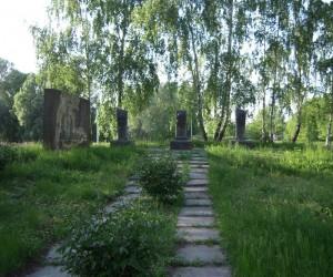 Могила декабристів - пам'ятка в с. Вороньки