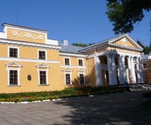 Пам'ятка Верхівні - палац, в якому жив О. де Бальзак