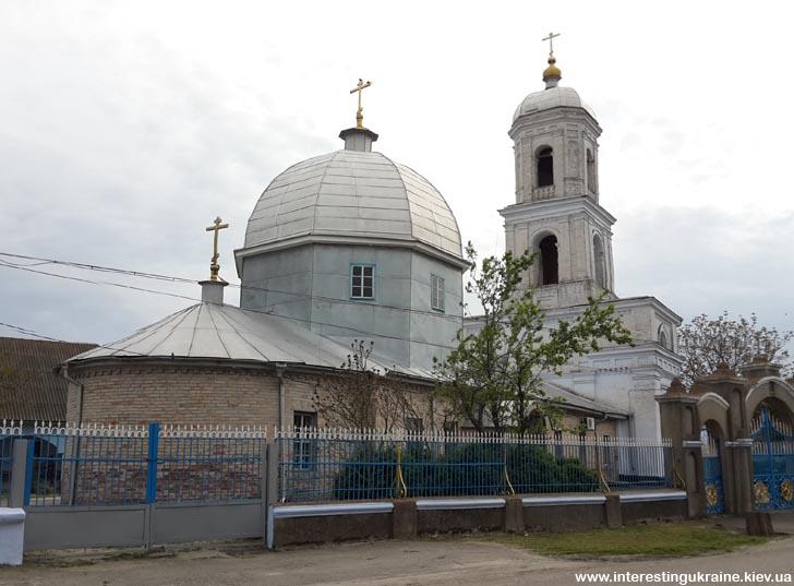 Церква 19-го століття - пам'ятка Нової Некрасівки Одеської області