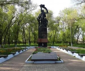 Цікаві місця Татарбунар. Пам'ятник Татарбунарському повстанню.