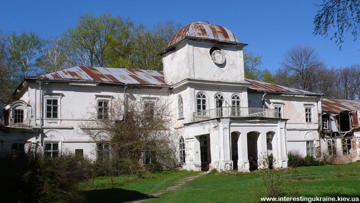 Залишки помістя Муравйових-Апостолів - пам'ятка  с. Хомутець Полтавської області
