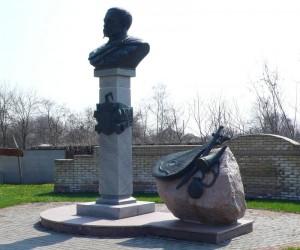 Пам'ятки Миргородського району. Великі Сорочинці