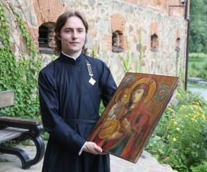 Десятитисячному відвідувачу замку-музею подарували ікону